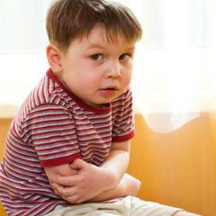 Раздутый живот у ребенка